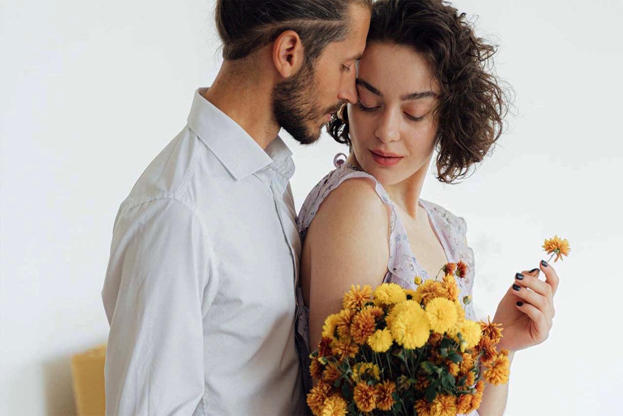 moramore I Valentinstaggeschnkideen für Frauen I Frau und Mann Blumen